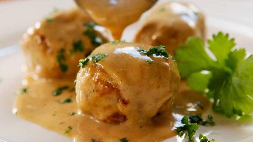 Swedish Chicken Meat Ball recipe