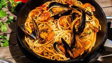 Seafood spaghetti marinara