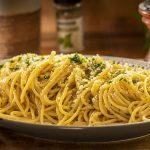 cheesy onion spaghetti