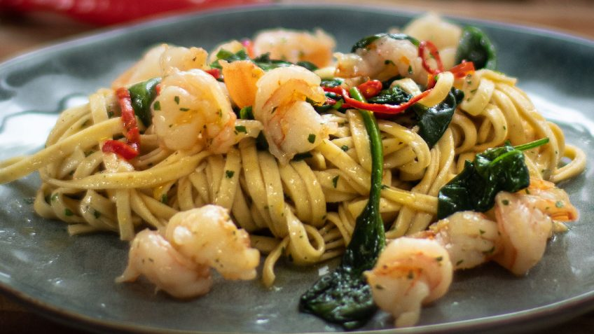 Garlic and Chili Shrimp Linguini
