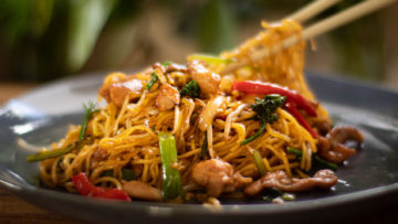 Chicken Chow Mein with fried noodles